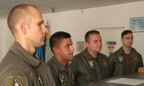 Пращаме в САЩ първите четирима пилоти, които ще се учат да летят на F-16