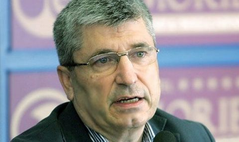 Илиян Василев: Обединението на патериците на ГЕРБ издава отчаянието на Борисов