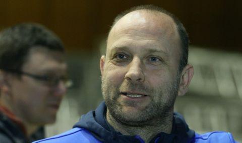 Тити Папазов вече не е треньор на Левски Лукойл, клубът с нов спонсор - 1