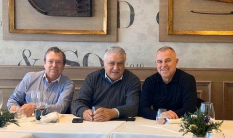 Бивш президент на Реал Мадрид заразил с коронавирус кмета на Симитли?