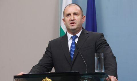Президентството с различна позиция за скандала със сина на Румен Радев