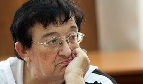 Мика Зайкова удря първия звънец на новия парламент