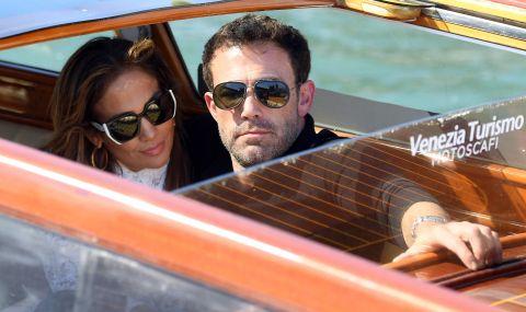 Дженифър Лопес и Бен Афлек пристигнаха във Венеция за кинофестивала  - 1