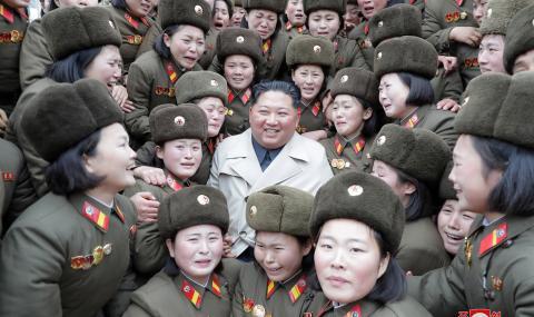 Ким Чен Ун е в тежко здравословно състояние?