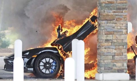 Чисто нов McLaren изгоря на бензиностанция (ВИДЕО) - 1