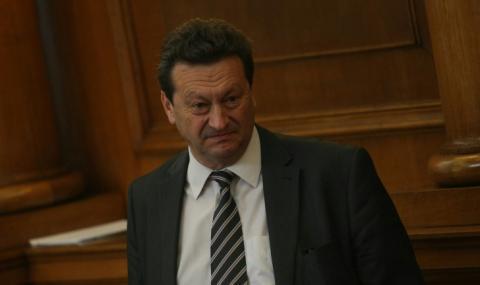Таско Ерменков: Вдигат цената на парното заради лошо управление