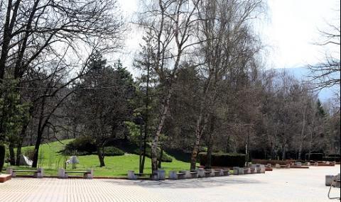 Експеримент в неделя показва дали да отворят парковете