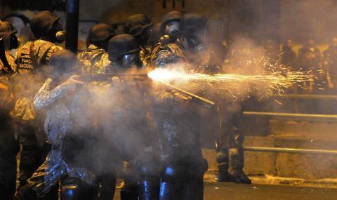Огън и обезглавени трупове в бразилски затвор