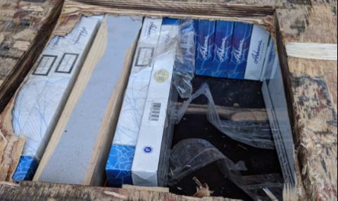 Заловиха бус с контрабандни цигари на ГКПП