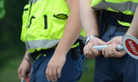 Мъртво пиян гръцки тираджия арестуван в Петрич
