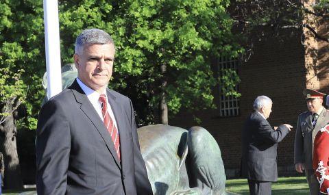 Служебен заместник-министър оцеля по-малко от месец на поста