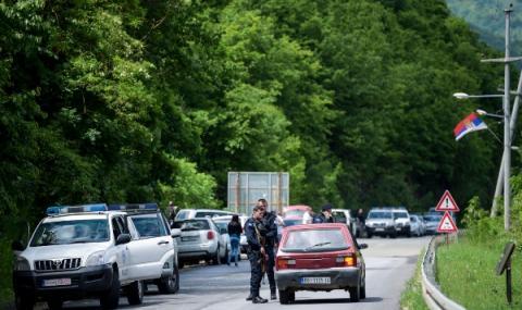 Сърбия затвори границите