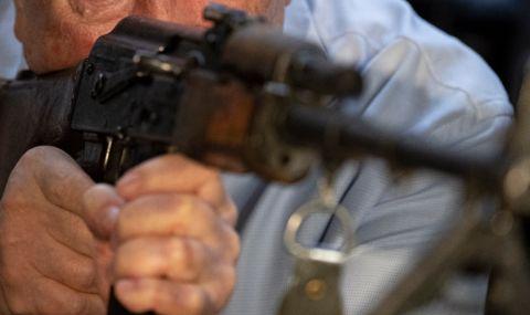 """Арестуваха мъж от Пловдивско – купил си """"Калашников"""", за да убие четирима съседи - 1"""