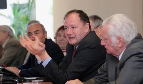 Миков: Ръст от 0.8% крие неувереност на кабинета в икономическото ни развитие - 1