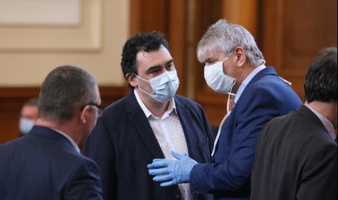 Лъчезар Иванов: От БСП взеха пари и за бойкота си на парламента
