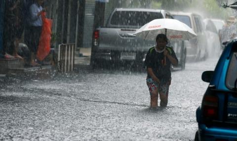 Наводнение уби 32 души - 1