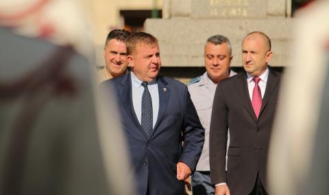 Каракачанов: Необходимо е президент и премиер да седнат на една маса