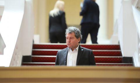 Тошко Йорданов след консултациите с ДПС: Не сме искали подкрепа от тях - 1