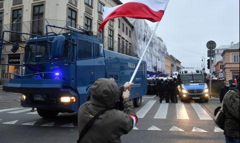 ЕК действа за Полша