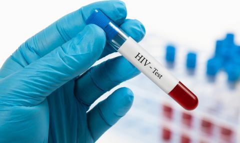 Болници отказаха лечение на ХИВ позитивен, той почина