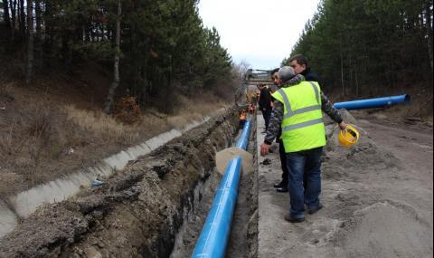Не спират водните аварии в Перник
