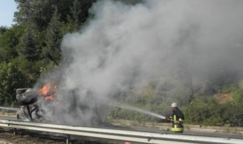 ТИР се запали в движение на Е-79