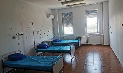 Излекуван от COVID над 6 месеца живее в болницата в Бургас