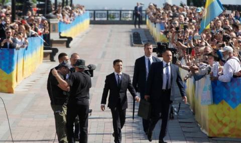 Зеленски оглави Украйна