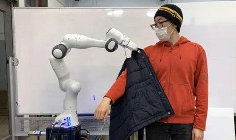 Роботи ще помагат на хората да се обличат (ВИДЕО) - 1