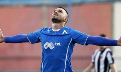 Валери Божинов подписва нов договор с Левски