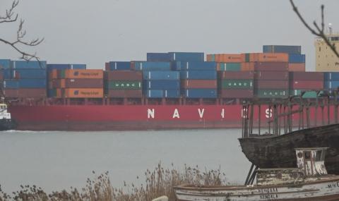 Връщаме още 54 контейнера италиански боклук от Варна