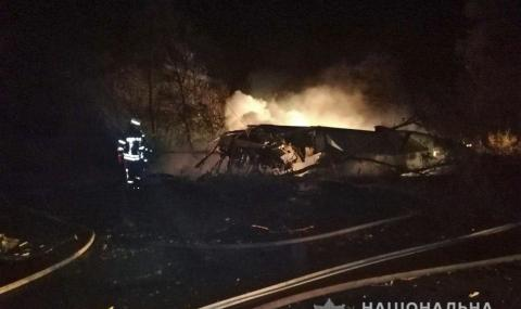 Самолет с курсанти се разби край украинския град Харков