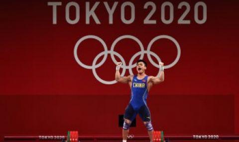 Китайски щангист сътвори велики постижения - 1
