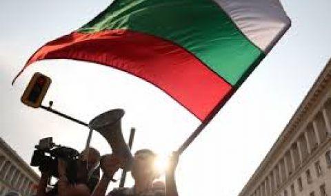 Ден 174: Протестът опита да осуети пряко включване на БНТ