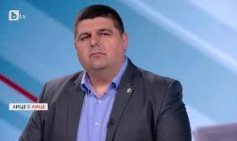 Активист на ''Да, България'': Иван Гешев е милиционерската калинка на Пеевски