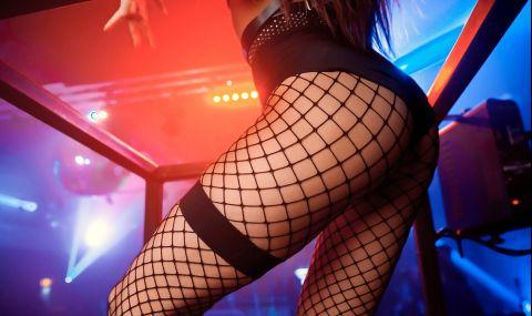Журналистка записа интервю по време на сексуален акт в суинг клуб