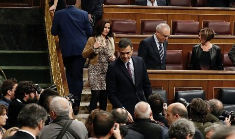 Отпадат ограничителни мерки за Мадрид и Каталуния