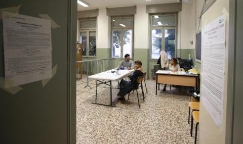 Италия гласува за намаляване броя на депутатите