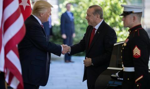 Тръмп: Турция е способна сама да се оправя в Сирия