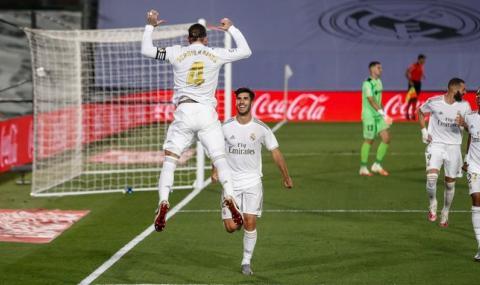 Реал Мадрид провокира Барселона в социалните мрежи