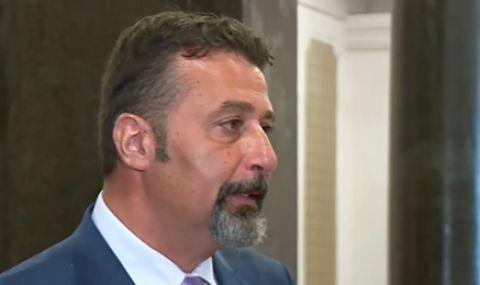 Филип Станев: Когато мисля за Дончева, си представям прасенце касичка - 1