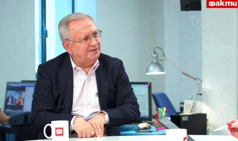 Осман Октай пред ФАКТИ: Ахмед Доган имитира Путин