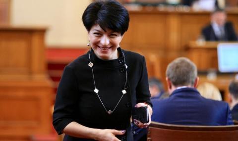 Атанасова: Стоим твърдо зад левчето за субсидия