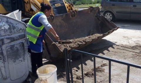 В Асеновград събраха и разчистиха 5 тона инертни материали след голямата буря