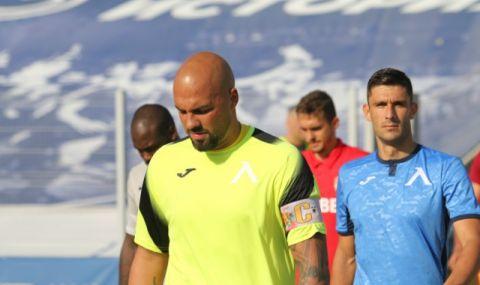 Ники Михайлов се подлага на интензивни тренировки, за да може да подпише с Левски
