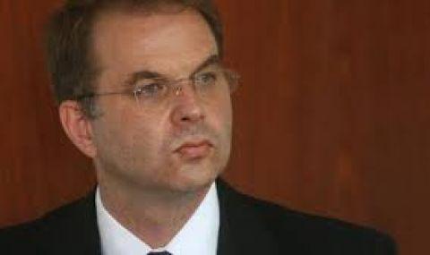 Чолаков, ГЕРБ: Кирил Петков е симпатичен млад човек, но е лош управленец