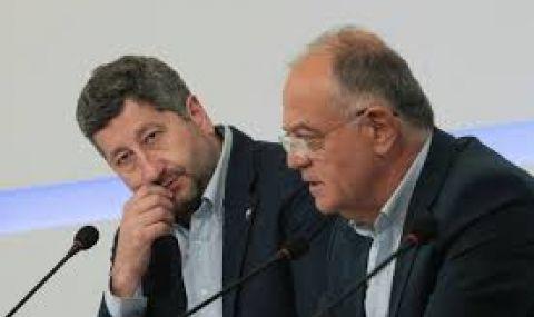 Ген. Атанасов: Нямам нито една забележка към Радев за последната година