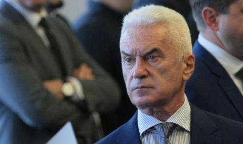 Сидеров: Слави показа среден пръст на 2,5 млн. българи