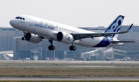 Франция ограничи броя на полети от Китай