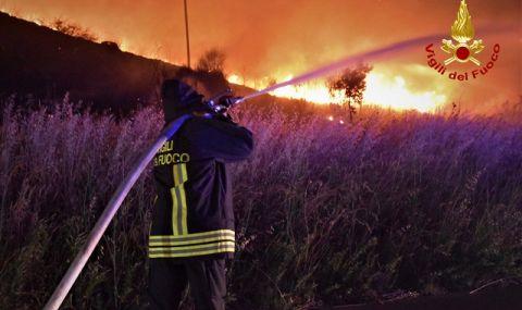 Сицилия е в пламъци (ВИДЕО) - 1